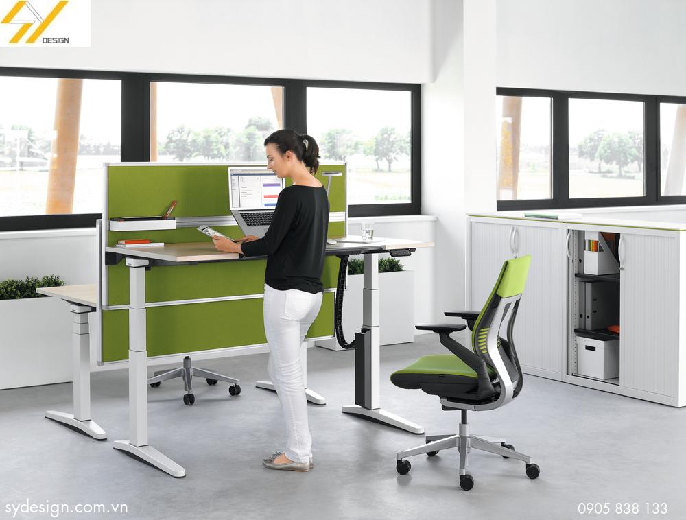 Bàn làm việc đứng - Xu hướng làm việc mới trong văn phòng hiện đại