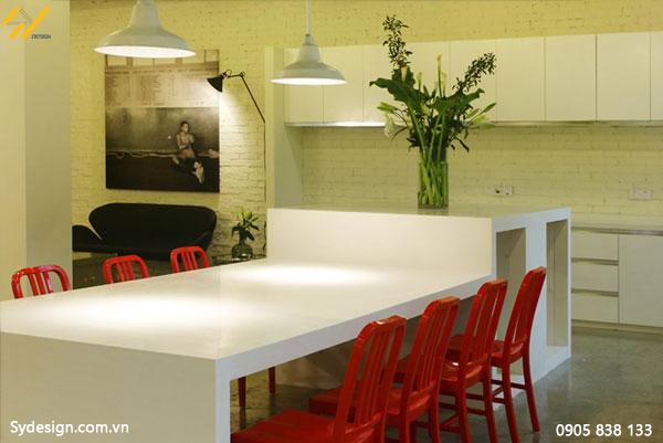 Sử dụng sơn tường hoặc các chất liệu gam màu trung tính, khiến nhân viên luôn cảm thấy dễ chịu